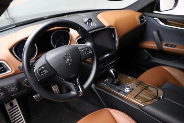 Used 2018 Maserati Ghibli SQ4 GranLusso for sale Call for price at Maserati of Westport in Westport CT 06880 13