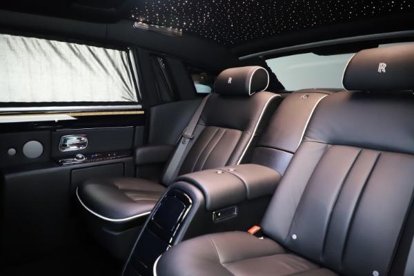 Used 2015 Rolls-Royce Phantom EWB for sale $299,900 at Maserati of Westport in Westport CT 06880 14