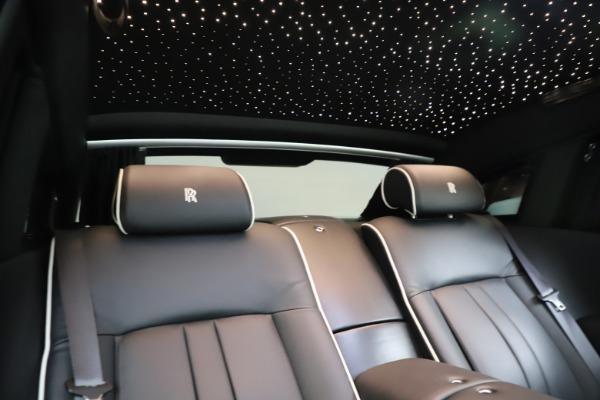 Used 2015 Rolls-Royce Phantom EWB for sale $299,900 at Maserati of Westport in Westport CT 06880 25