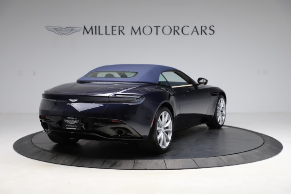 New 2021 Aston Martin DB11 Volante Convertible for sale $274,916 at Maserati of Westport in Westport CT 06880 25