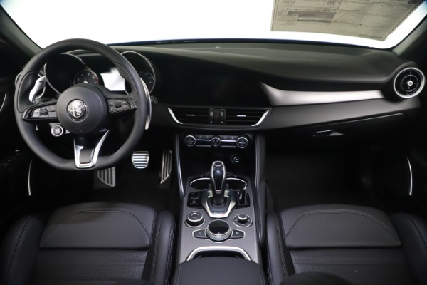 New 2021 Alfa Romeo Giulia Ti Sport Q4 for sale $52,100 at Maserati of Westport in Westport CT 06880 16