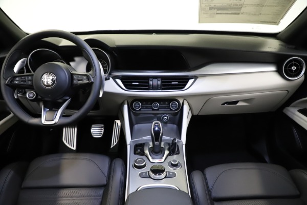 New 2021 Alfa Romeo Stelvio Ti Sport Q4 for sale $54,950 at Maserati of Westport in Westport CT 06880 16