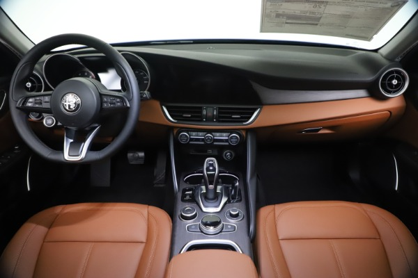 New 2021 Alfa Romeo Giulia Ti Q4 for sale $51,100 at Maserati of Westport in Westport CT 06880 16