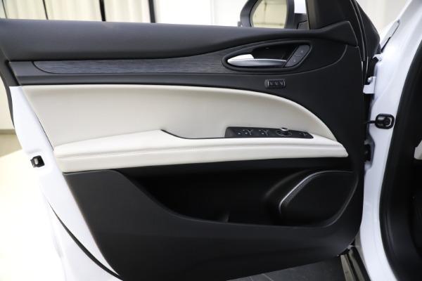 New 2021 Alfa Romeo Stelvio Q4 for sale $47,985 at Maserati of Westport in Westport CT 06880 17