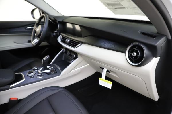 New 2021 Alfa Romeo Stelvio Q4 for sale $47,985 at Maserati of Westport in Westport CT 06880 22
