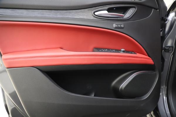 New 2021 Alfa Romeo Stelvio Q4 for sale $48,050 at Maserati of Westport in Westport CT 06880 17