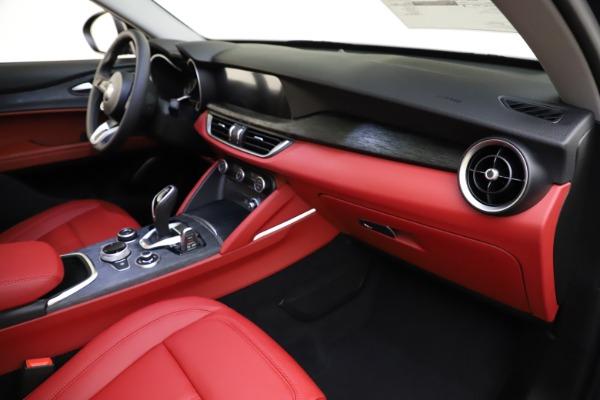 New 2021 Alfa Romeo Stelvio Q4 for sale $48,050 at Maserati of Westport in Westport CT 06880 22