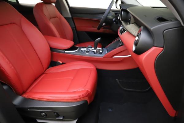 New 2021 Alfa Romeo Stelvio Q4 for sale $48,050 at Maserati of Westport in Westport CT 06880 24