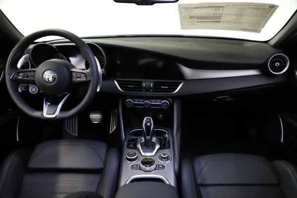 New 2021 Alfa Romeo Giulia Ti Sport for sale $52,940 at Maserati of Westport in Westport CT 06880 16