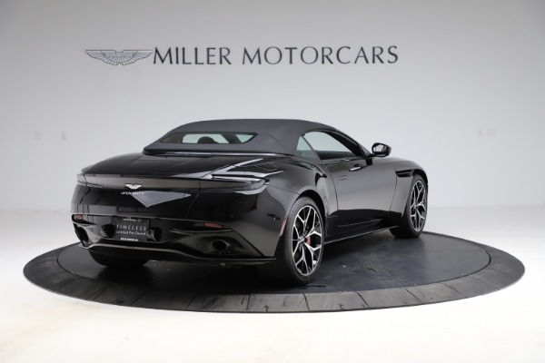 Used 2019 Aston Martin DB11 Volante Volante for sale $204,900 at Maserati of Westport in Westport CT 06880 26