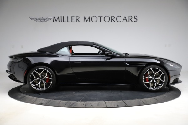 Used 2019 Aston Martin DB11 Volante Volante for sale $204,900 at Maserati of Westport in Westport CT 06880 27
