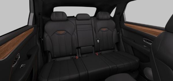 New 2021 Bentley Bentayga Hybrid V6 for sale $204,055 at Maserati of Westport in Westport CT 06880 7