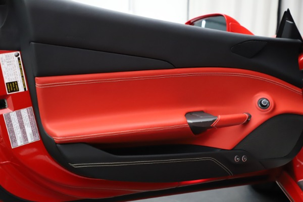 Used 2018 Ferrari 488 GTB for sale $209,900 at Maserati of Westport in Westport CT 06880 16