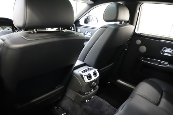 Used 2016 Rolls-Royce Ghost for sale $165,900 at Maserati of Westport in Westport CT 06880 16