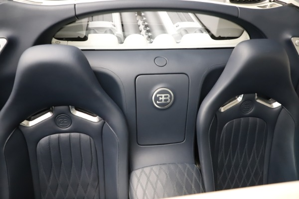 Used 2010 Bugatti Veyron 16.4 Grand Sport for sale Call for price at Maserati of Westport in Westport CT 06880 28