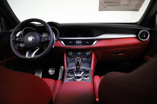 New 2021 Alfa Romeo Stelvio Ti Sport Q4 for sale Sold at Maserati of Westport in Westport CT 06880 16
