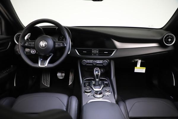 New 2021 Alfa Romeo Giulia Ti Sport Q4 for sale $53,850 at Maserati of Westport in Westport CT 06880 17