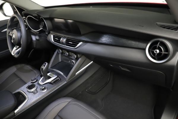 New 2021 Alfa Romeo Stelvio Q4 for sale $50,535 at Maserati of Westport in Westport CT 06880 21