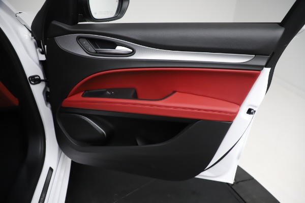 New 2021 Alfa Romeo Stelvio Ti Sport Q4 for sale Sold at Maserati of Westport in Westport CT 06880 25