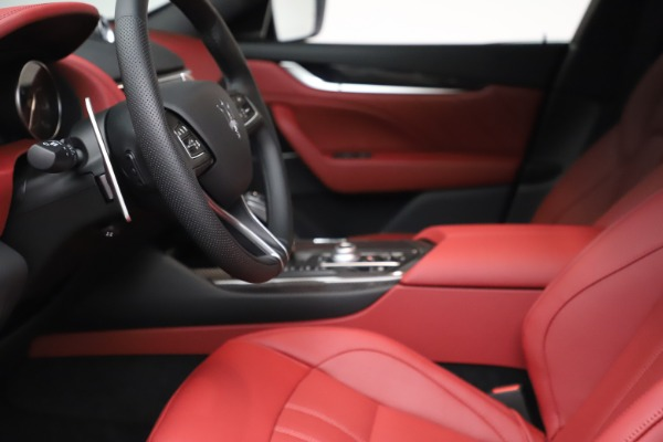 New 2021 Maserati Levante S Q4 GranSport for sale $105,835 at Maserati of Westport in Westport CT 06880 15