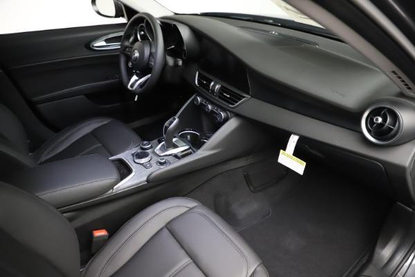 New 2021 Alfa Romeo Giulia Q4 for sale $46,895 at Maserati of Westport in Westport CT 06880 19
