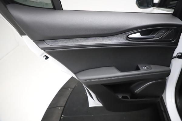 New 2021 Alfa Romeo Stelvio Q4 for sale $49,785 at Maserati of Westport in Westport CT 06880 21