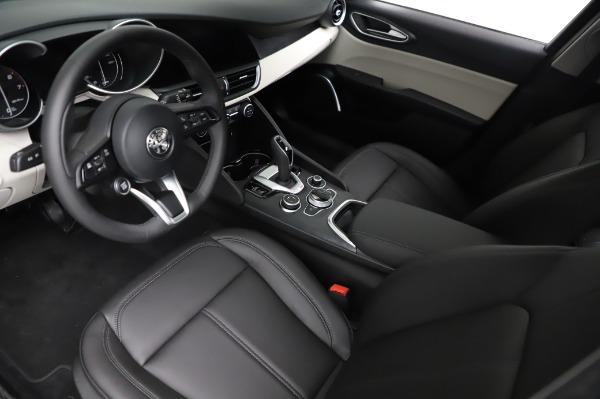 New 2021 Alfa Romeo Giulia Q4 for sale $46,895 at Maserati of Westport in Westport CT 06880 13