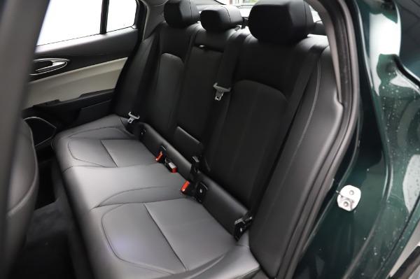 New 2021 Alfa Romeo Giulia Q4 for sale $46,895 at Maserati of Westport in Westport CT 06880 20