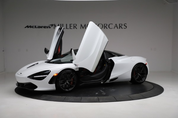 Used 2020 McLaren 720S Spider for sale Sold at Maserati of Westport in Westport CT 06880 24