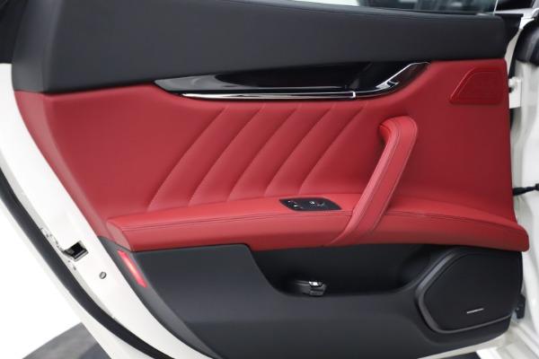 New 2021 Maserati Quattroporte S Q4 GranLusso for sale $122,349 at Maserati of Westport in Westport CT 06880 19