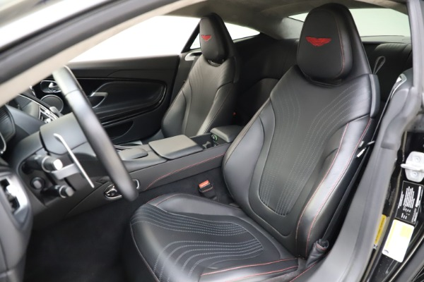 Used 2018 Aston Martin DB11 V12 for sale $159,990 at Maserati of Westport in Westport CT 06880 14