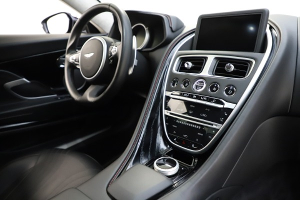 Used 2018 Aston Martin DB11 V12 for sale $159,990 at Maserati of Westport in Westport CT 06880 17