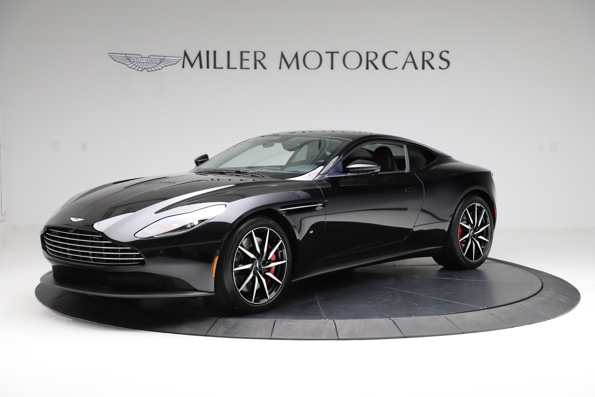 Used 2018 Aston Martin DB11 V12 for sale $159,990 at Maserati of Westport in Westport CT 06880 1