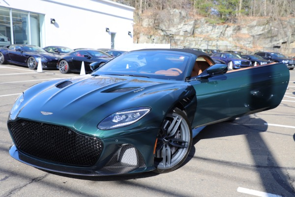 New 2021 Aston Martin DBS Superleggera Volante for sale $392,916 at Maserati of Westport in Westport CT 06880 26