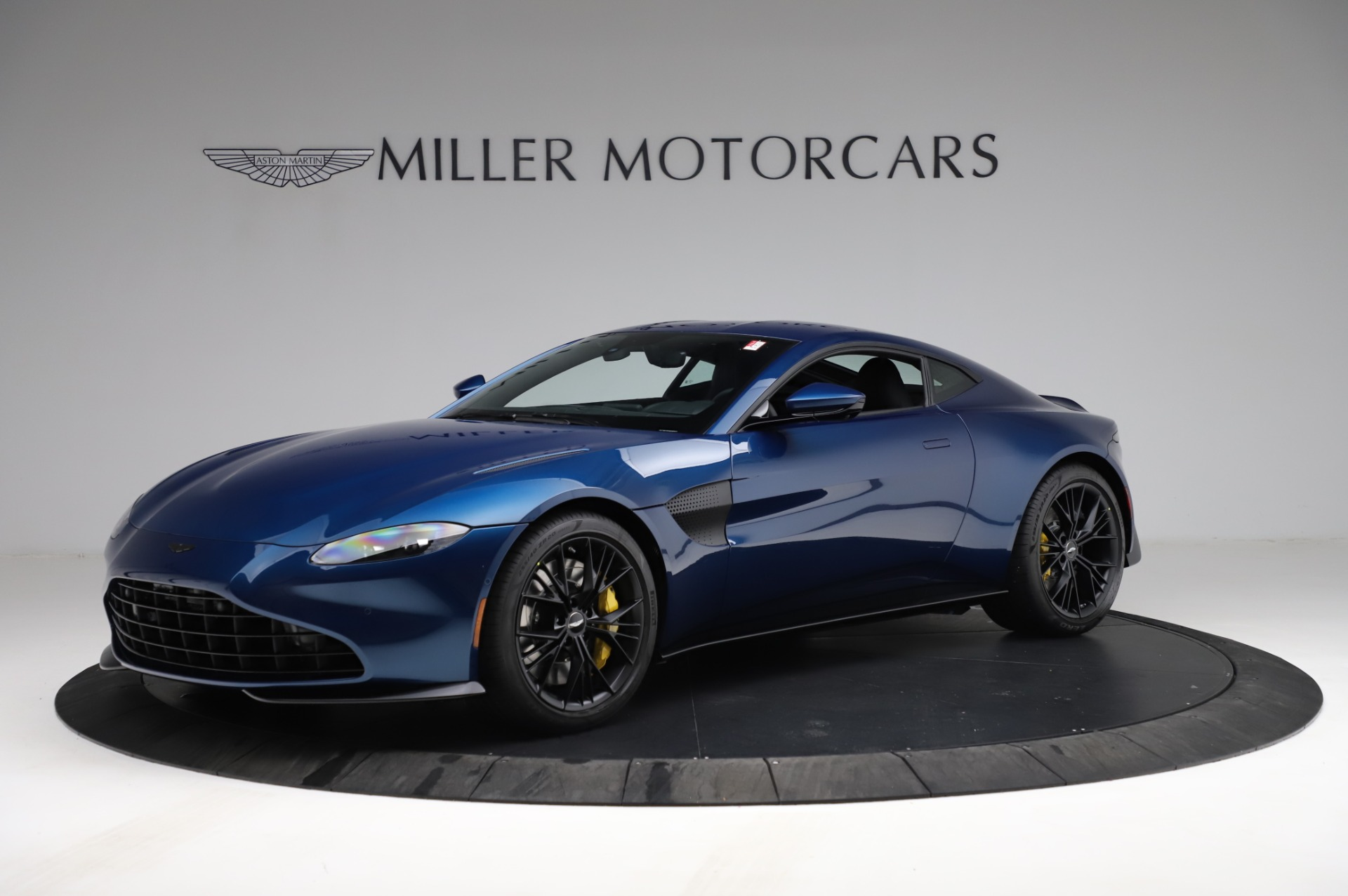 New 2021 Aston Martin Vantage Coupe for sale $179,386 at Maserati of Westport in Westport CT 06880 1