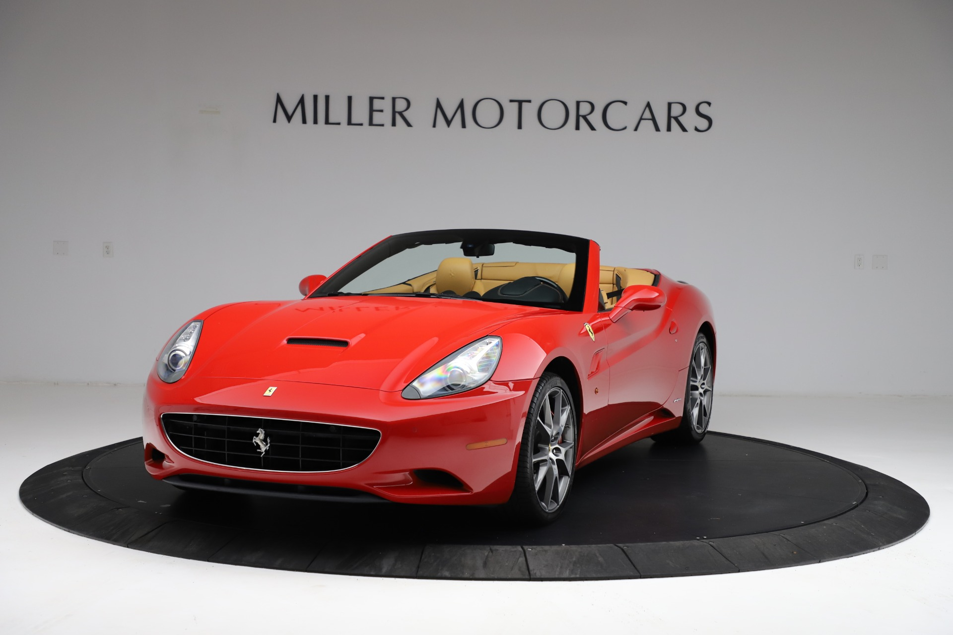 Used 2010 Ferrari California for sale $114,900 at Maserati of Westport in Westport CT 06880 1