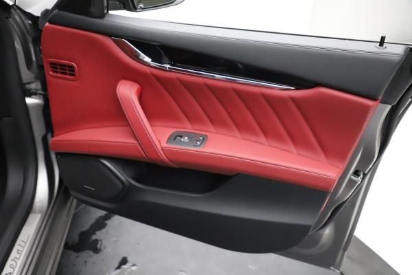 New 2021 Maserati Quattroporte S Q4 GranLusso for sale $122,435 at Maserati of Westport in Westport CT 06880 23