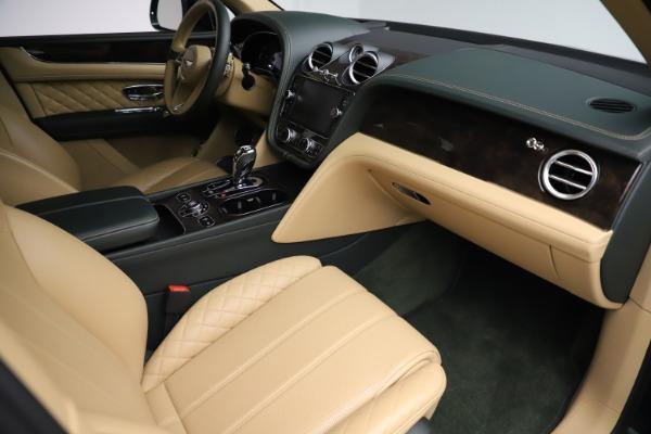 Used 2018 Bentley Bentayga W12 Signature for sale Sold at Maserati of Westport in Westport CT 06880 24