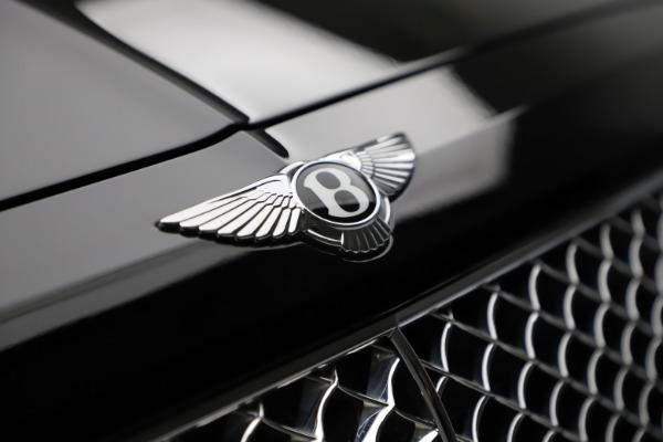 Used 2018 Bentley Bentayga W12 Signature for sale $153,900 at Maserati of Westport in Westport CT 06880 15