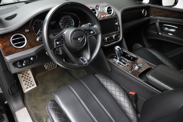 Used 2018 Bentley Bentayga W12 Signature for sale $153,900 at Maserati of Westport in Westport CT 06880 18