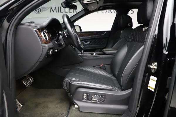 Used 2018 Bentley Bentayga W12 Signature for sale $153,900 at Maserati of Westport in Westport CT 06880 19