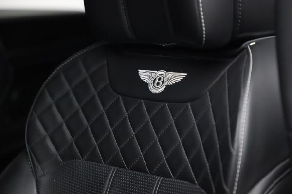 Used 2018 Bentley Bentayga W12 Signature for sale $153,900 at Maserati of Westport in Westport CT 06880 21