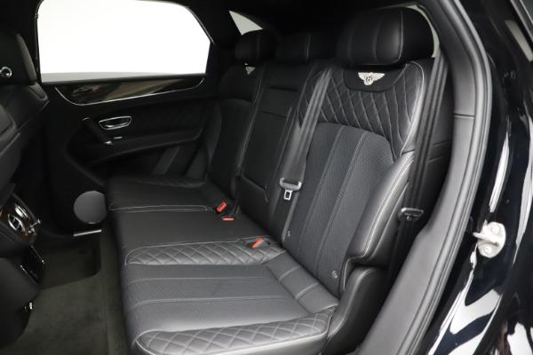 Used 2018 Bentley Bentayga W12 Signature for sale $153,900 at Maserati of Westport in Westport CT 06880 24
