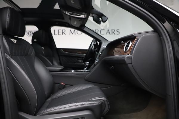 Used 2018 Bentley Bentayga W12 Signature for sale $153,900 at Maserati of Westport in Westport CT 06880 27