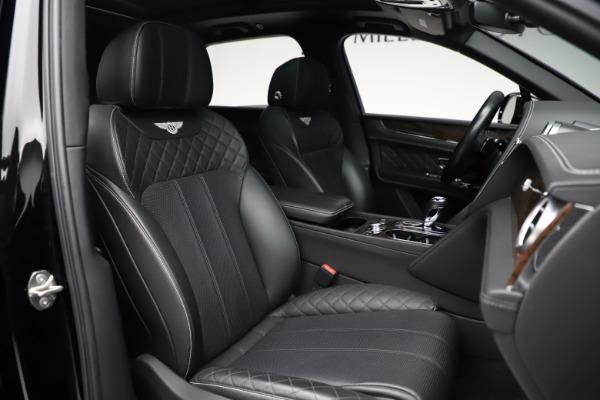 Used 2018 Bentley Bentayga W12 Signature for sale $153,900 at Maserati of Westport in Westport CT 06880 28