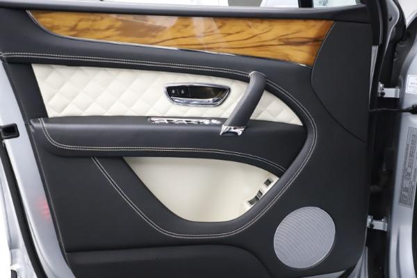 Used 2018 Bentley Bentayga Activity Edition for sale $146,900 at Maserati of Westport in Westport CT 06880 16