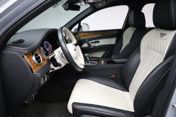 Used 2018 Bentley Bentayga Activity Edition for sale $146,900 at Maserati of Westport in Westport CT 06880 18