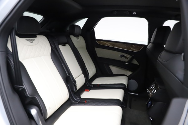 Used 2018 Bentley Bentayga Activity Edition for sale $146,900 at Maserati of Westport in Westport CT 06880 25