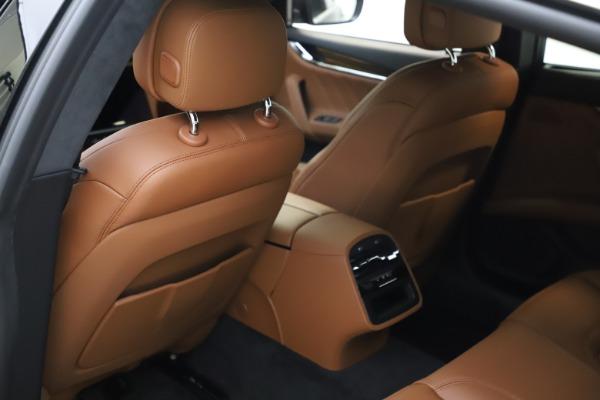 New 2021 Maserati Quattroporte S Q4 GranLusso for sale $123,549 at Maserati of Westport in Westport CT 06880 17