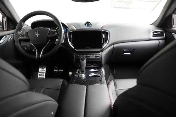 New 2021 Maserati Ghibli S Q4 GranSport for sale $100,635 at Maserati of Westport in Westport CT 06880 18